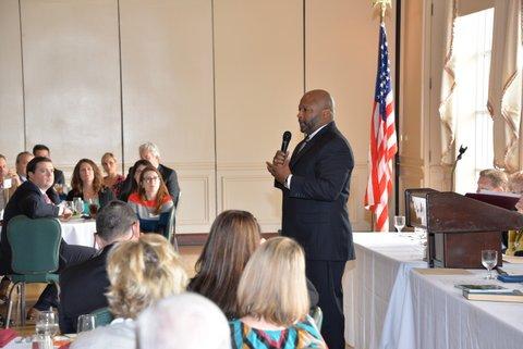 Jamal-Crawford-Kirkman-Park-principal-addresses-luncheon